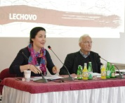 Prof. Norman Paech und Carolina Rehrmann auf dem Panel