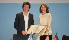 Unterzeichnung der Ressortvereinbarung.