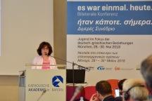 Frau Papakonstantinou, Leiterin der Direktorion Jugend und lebenslanges Lernen im griechischen Bildungsminsiterium.