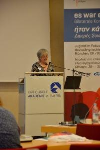 Sigrid Skarpelis-Sperk (VDGG) über Jugendarbeitslosigkeit in Griechenland und ihre Folgen.